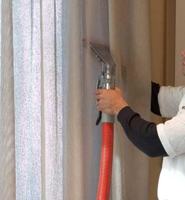 Nettoyage-des-doubles-rideaux